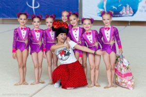 Фотографии с соревнований и выступлений по эстетической гимнастике